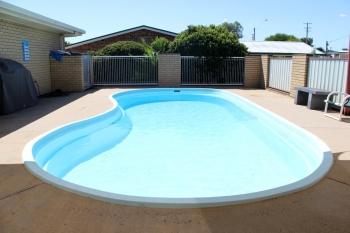 Inverell Accommodation with Pool